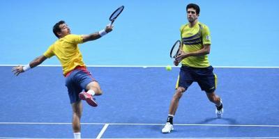 Мирный иХьюи проиграли настарте итогового турнира Ассоциации теннисистов-профессионалов
