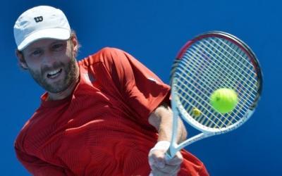 20-летний Медведев сенсационно победил Троицки в столицеРФ