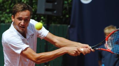 Медведев обыграл Павича ивышел восновную сетку турнира в северной столице