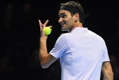 Роджер Федерер одержал победу все три матча группы наИтоговом турнире встолице Англии
