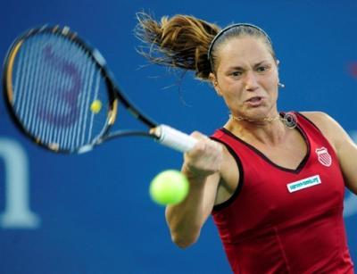 Катерина Бондаренко переигрывает Ольгу Говорцову на старте турнира в Стамбуле