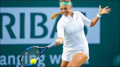 Виктория Азаренко победив Саманту Стосур выходит в четвертьфинал BNP Paribas Open